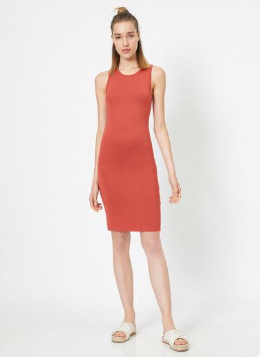 Koton Dar Kesim Elbise Kırmızı